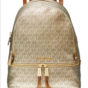 Pretty backpack pale gold RHEA